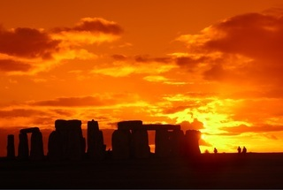 Thumb thumb stonehenge sunset 1