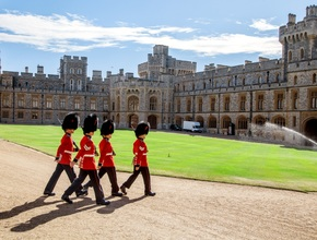 Windsor Castle & Buckingham Palace  (Summer only - Starting July)