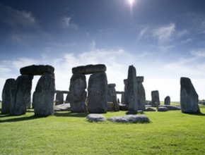 Stonehenge, Stratford, Bath & The Cotswolds with Christmas Lunch - Christmas Day 2019