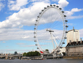 Afternoon Vintage Bus Tour with Champagne Tea on the River Thames and London Eye Flight (PM)
