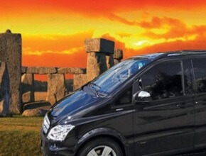 Stonehenge & Bath Private Car tour (includes entrance to Stonehenge)