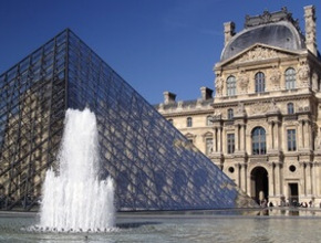 Luxury Escorted Paris Day Trip - includes guided tour of Le Louvre and Champagne lunch on the Eiffel Tower.